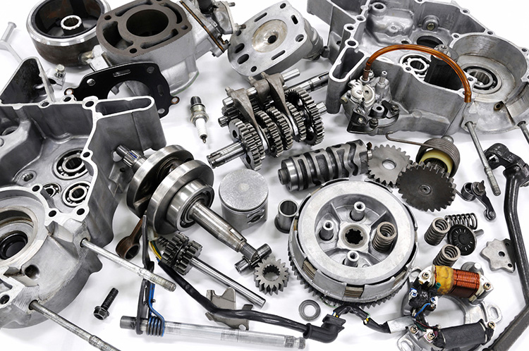 مشکلات داخلی صنعت خودروسازی را زمین گیر می کند